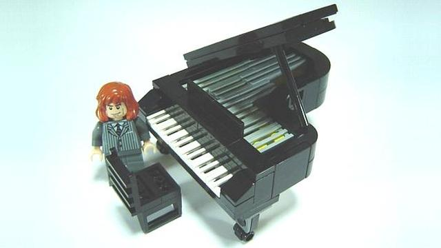 LEGO piano by Hidaka